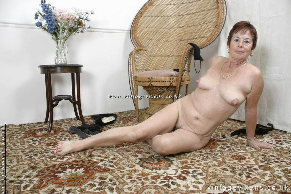She nude uk vintage vixens turn